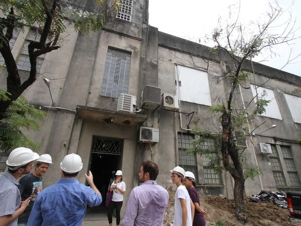 Arquitetos no prédio da Fundaj (Foto: Divulgação)