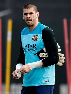 Victor Valdes barcelona treino (Foto: Agência Reuters)