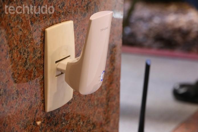 Repetidores podem provocar problemas de performance em redes sem fio (Foto: Luciana Maline/TechTudo)