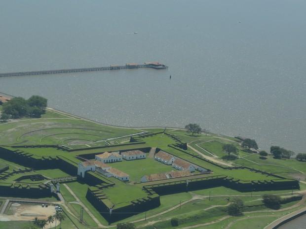 Forte de Macapá foi construído para proteger fronteira brasileira (Foto: Abinoan Santiago/G1)