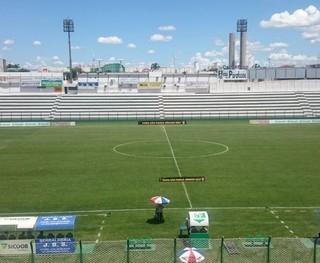Rio Preto x Botafogo (Foto: Marcos Lavezo)
