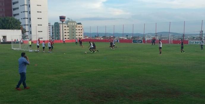 Campinense, Primeiro treino de Sérgio China (Foto: Gustavo Xavier, GloboEsporte.com/pb)