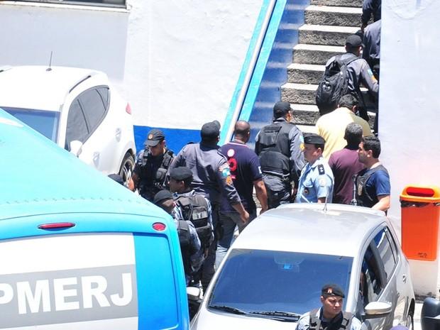 PMs presos em operação são transferidos do BEP para o Complexo de Gericinó (Foto: ESTEFAN RADOVICZ/AGÊNCIA O DIA/ESTADÃO CONTEÚDO)