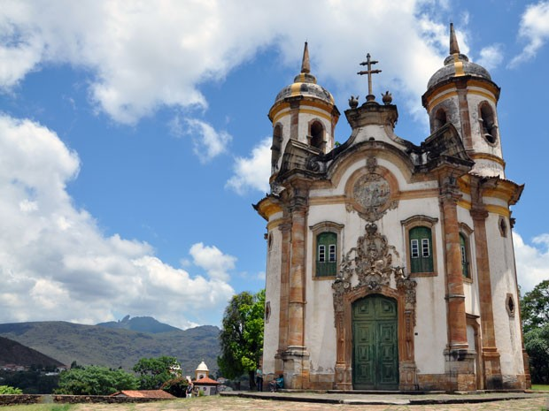 Igreja de São Francisco de Assis está entre os principais pontos turísticos de Ouro Preto (Foto: Pedro Ângelo/G1)