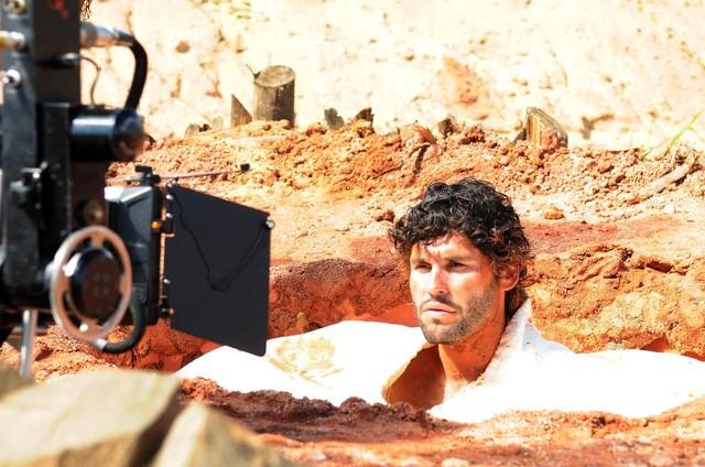 Dudu Azevedo em 'O Rico e Lázaro' (Foto: Munir Chatack/ Record TV)
