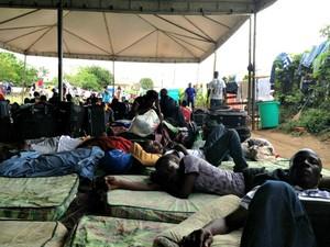 Alojamento dos refugiados em Brasiléia está, atualmente, em reforma (Foto: Veriana Ribeiro/G1)