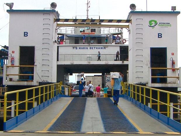 Ferry Maria Bethânia se envolveu em batida em terminal em Salvador (Foto: Imagem/TV Bahia)
