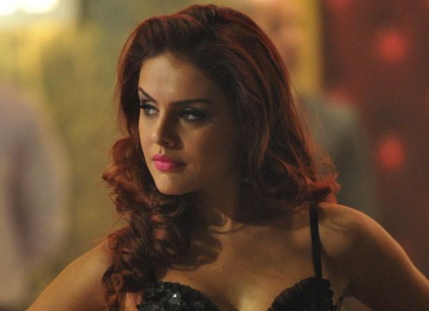 2º lugar: Paloma Bernardi. A atriz deixou de usar seus cachos naturais e tingiu os fios de ruivo. A mudança foi assinada pelo cabeleireiro Marco Antonio de Biaggi  (Foto: Divulgação/TV Globo)