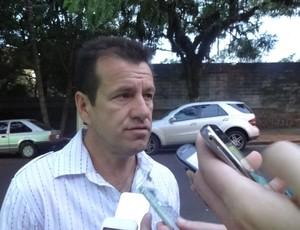 Dunga fala sobre a possibilidade de treinar o Inter (Foto: Gabriel Cardoso / GLOBOESPORTE.COM)