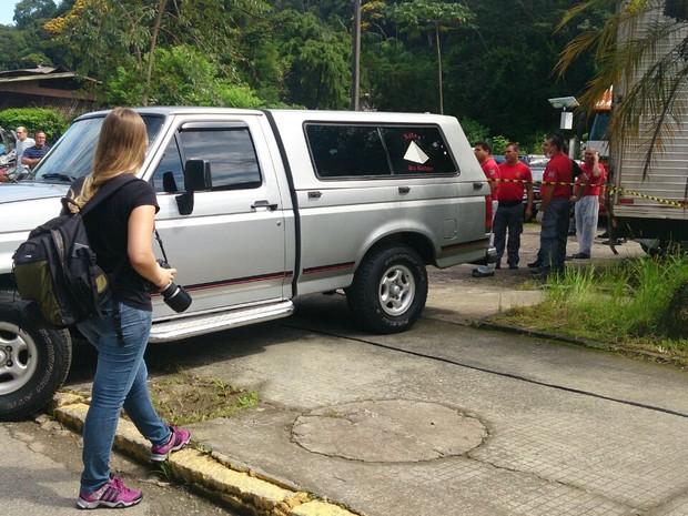 Corpos serão transportados para o Paraná (Foto: Gabriela Machado/Divulgação)