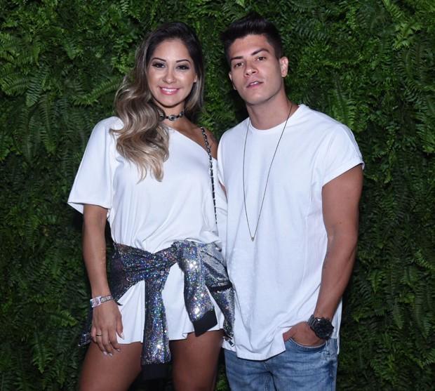 Mayra Cardi e Arthur Aguiar (Foto: Renato Wrobel/ Ed. Globo)
