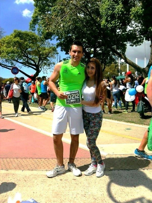 Pablo Esposito com sua namorada (Foto: Facebook/Reprodução)
