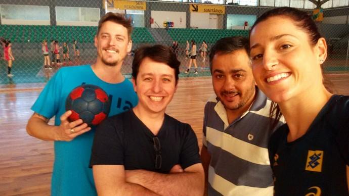 Atleta dividiu rotina de treinos com a equipe do Mistura com Camille Reis  (Foto: RBS TV/Divulgação )