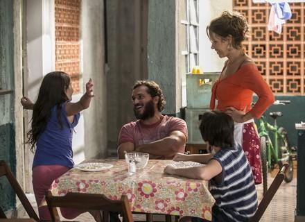 Gilda e Dino partem para o Rio com os filhos para torcer por Eliza