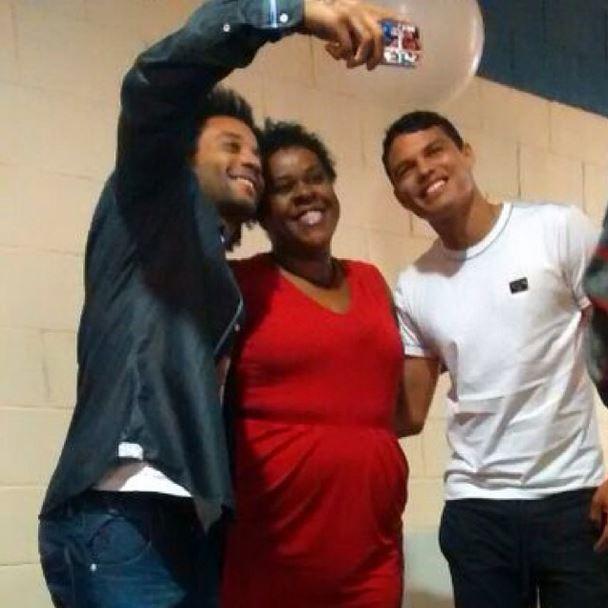 Cacau Protásio com Marcelo e Thiago Silva (Foto: Instagram/Reprodução)