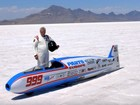 Piloto de 72 anos morre em acidente de moto a 322 km/h nos EUA