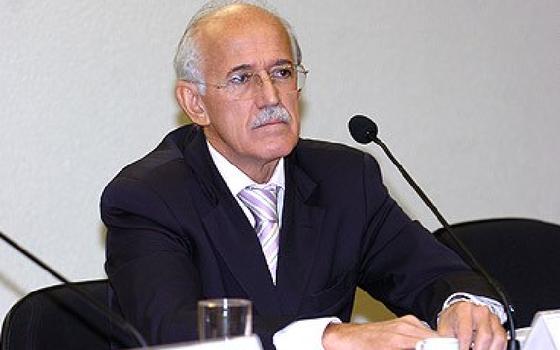 Ex-diretor da Polícia Federal Paulo Lacerda (Foto: Senado)