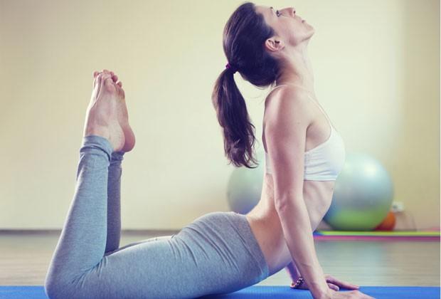 Potencialize os exercícios físicos: saiba o que você deve comer e beber antes, durante e depois das atividades