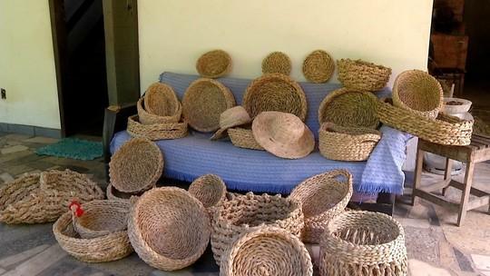 Inter TV Rural mostra técnica de artesanato que utiliza fibras de bananeira