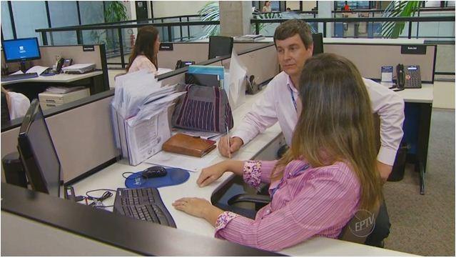 Mudar de função dentro da empresa pode se vantajoso tanto para a empresa quanto para o funcionário (Foto: Reprodução EPTV)