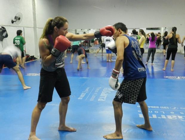 Cris Cyborg MMA Uberlândia (Foto: Felipe Santos/GLOBOESPORTE.COM)
