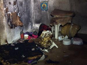 Interior da cela ficou destruído após incêndio (Foto: Marcelo Rodrigues/ EPTV)