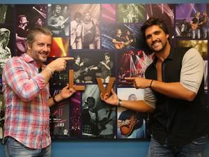 Victor e Leo comandam o Sai do Chão  (Foto: Carol Caminha/Gshow)