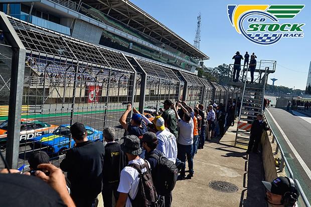 Largada da corrida 1 (Foto: Barbara Bonfin/OSR)