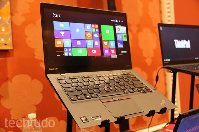 ThinkPad X1 Carbon traz processador Intel Core i quinta geração  (Foto: Isadora Díaz/TechTudo)