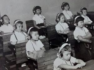 Escola foi a primeira a aceitar alunos com deficiência visual ou auditiva (Foto: CRE Mario Covas/Divulgação)