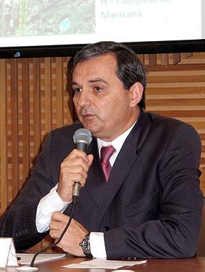 Régis Fitvhner, secretário da Casa Civil (Foto: Marcelo Baltar / Globoesporte.com)
