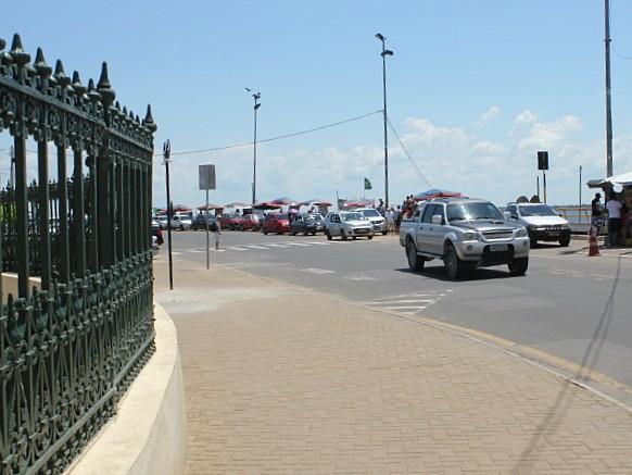 Área próxima ao Mercado Municipal Adolpho Lisboa será revitalizada (Foto: Camila Henriques/G1 AM)
