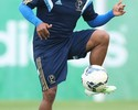 Tranquilo com dispensa, Mazinho já projeta novo retorno ao Palmeiras