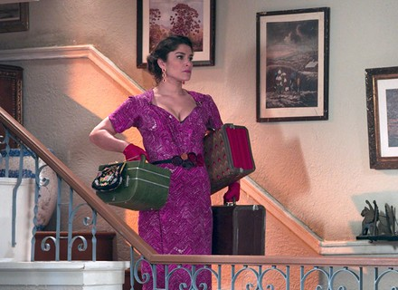Diana decide deixar Severo e arruma as malas