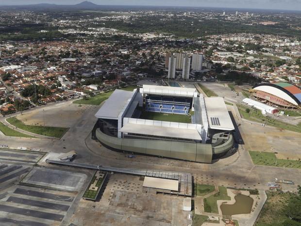 Estádio Pantanal, Cuiabá, em foto feita em 25 de abril de 2014 (Foto: Joel Marcos/Reuters)