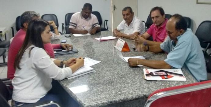 Federação Paraibana de Futebol, reunião, futebol feminino, José Araújo, Baza (Foto: Divulgação / FPF)