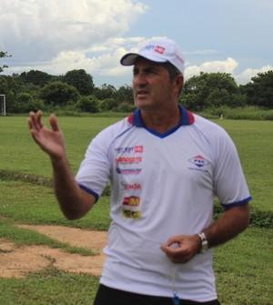 Paulo Moroni, técnico do Piauí (Foto: Abdias Bideh/GloboEsporte.com)