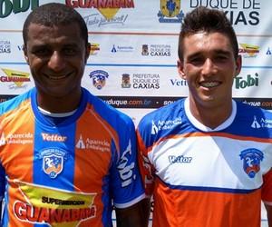 f6e6fa8314 Leandro Teixeira e Juninho foram apresentados (Foto  Vitor Costa Divulgação)