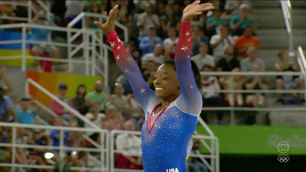 Simone Biles durante a Olimpíada do Rio (Foto: Reprodução TV Globo)