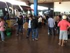 BR é bloqueada e passageiros em Vilhena, RO, não podem seguir viagem