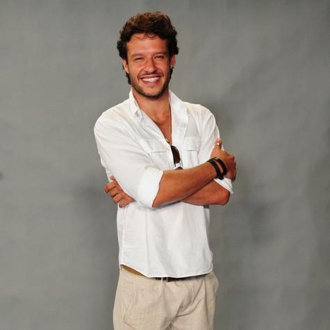 Nando Rodrigues estreia no faixa das 21h como Virgílio (Foto: João Cotta/ TV Globo)