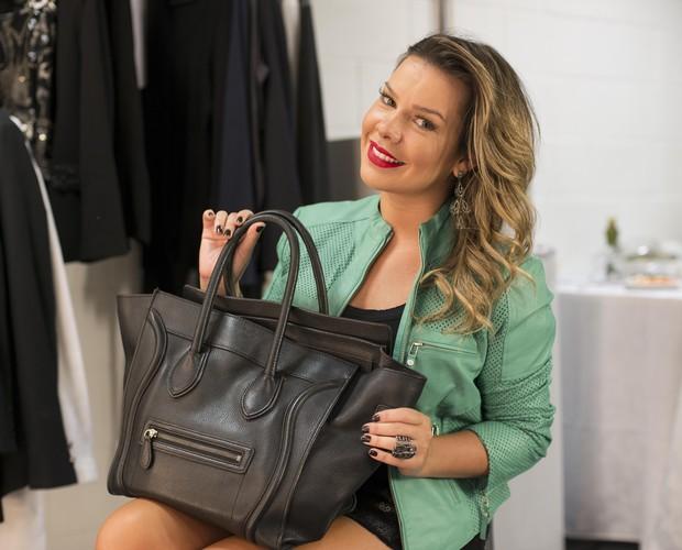 Fernanda Souza mostra o que carrega em sua bolsa (Foto: (Isabella Pinheiro/Gshow))