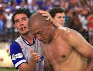 Elvis e Reinaldo, jogadores do CSA (Foto: Ailton Cruz/ Gazeta de Alagoas)