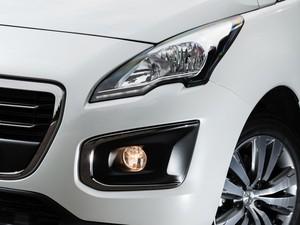 Novo conjunto ótico do Peugeot 308 (Foto: Divulgação)