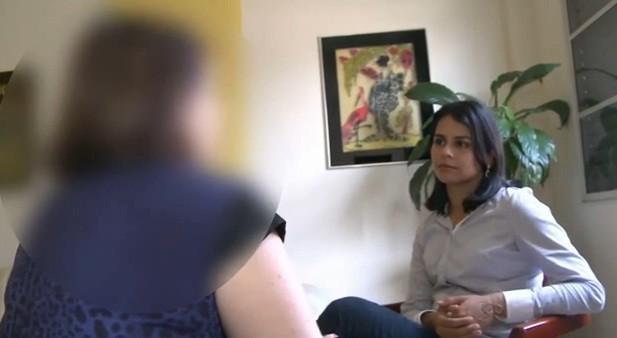 Mãe conta que teve que ficar com a guarda dos netos porque sua filha não consegue sair das drogas  (Foto: Amazônia TV)