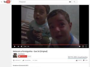 Vídeo que mostra 'discussão' entre irmãos virou meme (Foto: Reprodução/ YouTube)
