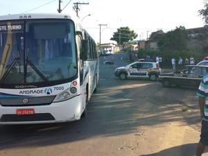 Acidente ônibus Araxá (Foto: Raphael Rios/G1)