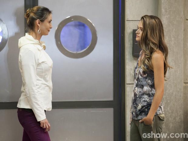Angelique e Lili batem boca (Foto: Felipe Monteiro/ TV Globo)
