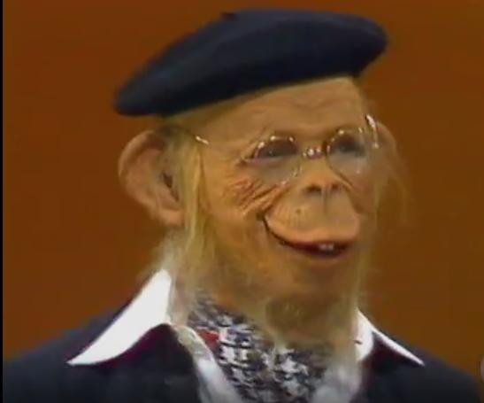 Pessini caracterizado de Sócrates em 'Planeta dos homens' (Foto: Reprodução/TV Globo)