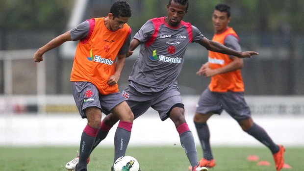 Thiago Feltri e Diego Rosa treino Vasco arquivo (Foto: Marcelo Sadio / Site Oficial do vasco)